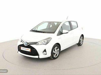 usado Toyota Yaris Hybrid City