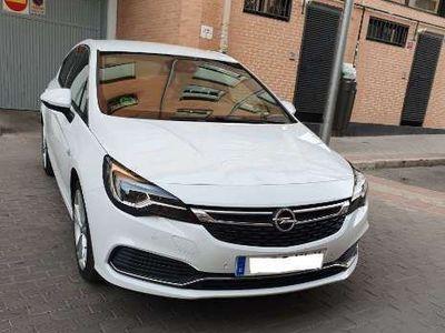 usado Opel Astra 1.6T S/S GSi Line 200