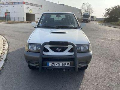 usado Nissan Terrano 2.7 TDi Sport Plus