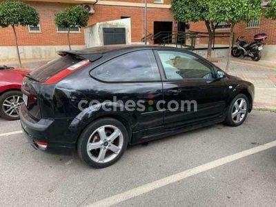 usado Ford Focus 1.6 Xr 115 115 cv en Sevilla