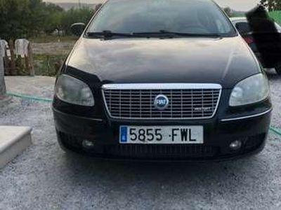 usado Fiat Croma 1.9Mjt 16v Dynamic