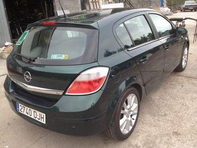 usado Opel Astra 1.8 16v Cosmo