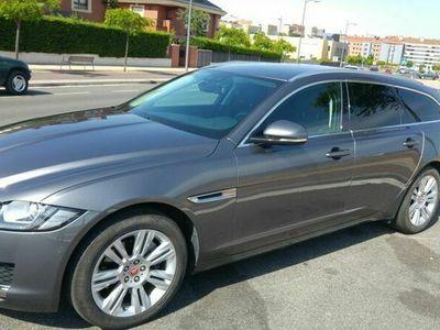 usado Jaguar XF Sportbrake 2.0D i4 Prestige Aut. 180