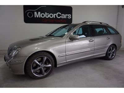 usado Mercedes 320 Clase c FamiliarCdi Elegance