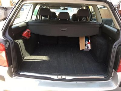 usado VW Passat Variant 1.9 TDi 4Motion Advance 130CV -04