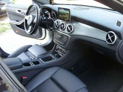 usado Mercedes CLA220 d Urban 7G-DCT 177