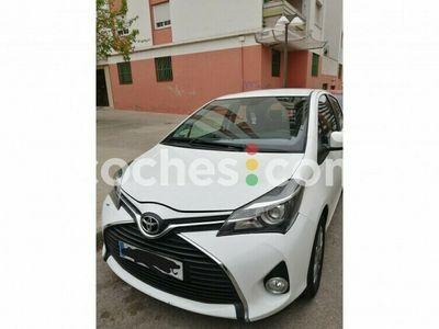 usado Toyota Yaris 1.4d-4d Active 90 cv en Barcelona