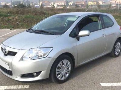 usado Toyota Auris 1.4D-4D Luna