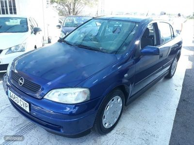 usado Opel Astra 1.6 Elegance