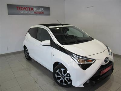 usado Toyota Aygo 70 x-play + Sky + TSS (Dto. financiación Incluido