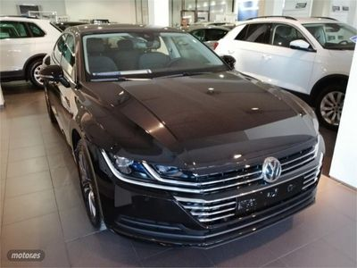 begagnad VW Arteon 2.0 TDI 110kW 150CV