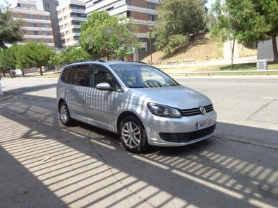 used VW Touran 2,0-140-CV CAMBIO D.S.G.