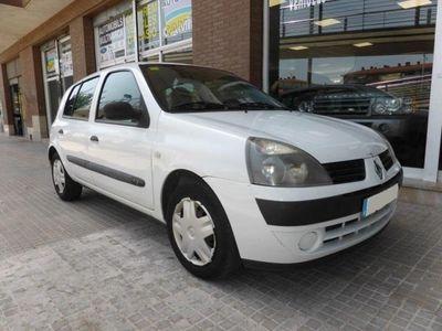usado Renault Clio 1.2 16v Dynamique 75 Cv