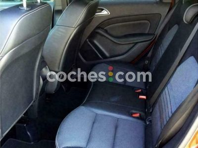 usado Mercedes B180 Clase B7g-dct 116 cv en Malaga