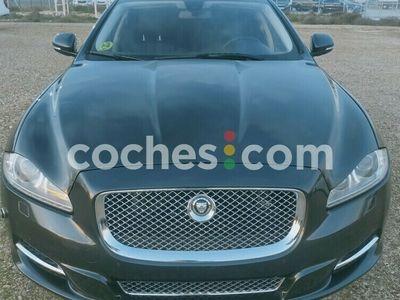 usado Jaguar XJ Xj3.0d Lwb Premium Luxury Aut. 275 cv en Madrid