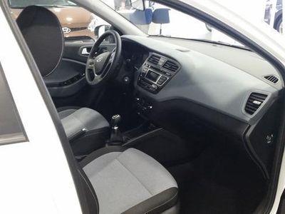 usado Hyundai i20 12 85cv Bd Essence Essence, Madrid