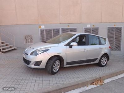 used Renault Grand Scénic Expression 1.6 16v 110 5 plazas