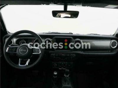 usado Jeep Wrangler Unlimited 2.2crd Sahara 8atx 200 cv en Barcelona