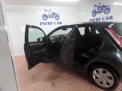usado Toyota Aygo 1.0 VVT-i x-clusiv x-shift