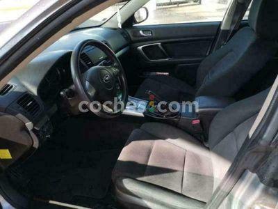 usado Subaru Legacy 2.0 R Se 165 cv en Sevilla