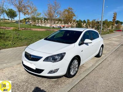 usado Opel Astra 1.7CDTI ecoFlex Cosmo S/S 130