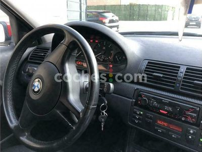 usado BMW 318 Compact Serie 3 Td 115 cv en Madrid