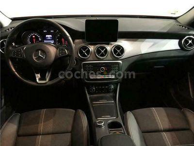 usado Mercedes GLA200 Clase Gla7g-dct 136 cv en Barcelona