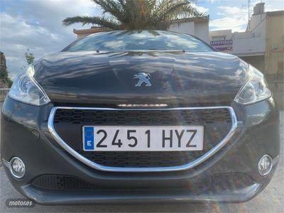 usado Peugeot 208 5P ALLURE 1.6 eHDi 92 ETG6