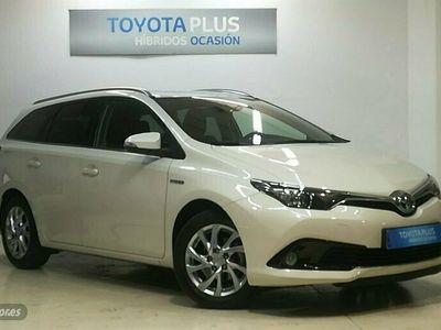 usado Toyota Auris 1.8 140H Active Touring Sports