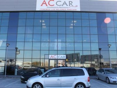 usado VW Touran 2.0 Tdi Dsg Highline 5p. -04