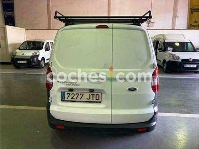 usado Ford Transit Courier Van 1.5tdci Ambiente 75 75 cv en Barcelona