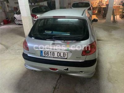 usado Peugeot 206 1.4 E-music 75 cv en Alicante