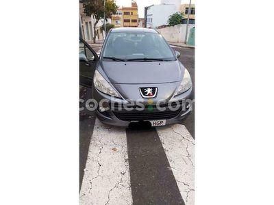 usado Peugeot 207 1.4i Access 75 cv en Tenerife