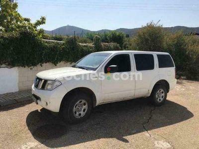 usado Nissan Pathfinder 2.5dci Le 171 cv en Zaragoza