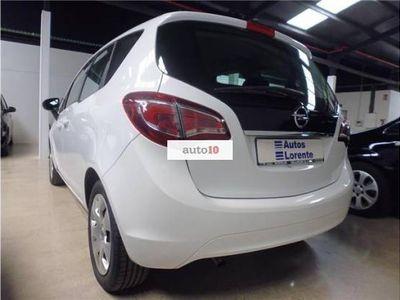 usado Opel Meriva 1.7 CDTi Excellence 110 CV 5p Blanco Solido