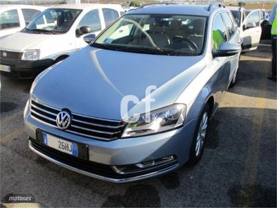 usado VW Passat Variant TDI 140CV AUTO **240€/MES SIN ENTRADA**