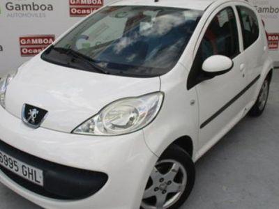 usado Peugeot 107 1.0i 68CV Urban Move 2 5p 6995-GHL, Madrid