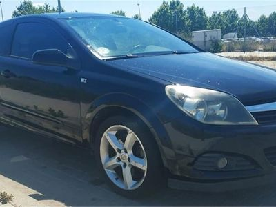 usado Opel Astra GTC 1.7 CDTi Sport