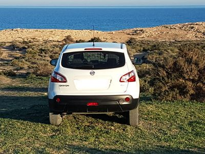 gebraucht Nissan Qashqai 2.0dCi Visia 4x4