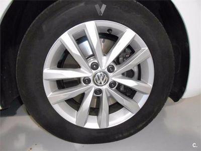 usado VW Touran Advance 1.6 Tdi Scr 110cv Bmt 5p. -15