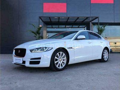usado Jaguar XE Xe2.0 Diesel Pure 180 180 cv