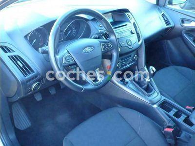 usado Ford Focus Sportbreak 1.0 Ecoboost St Line 125 cv en Madrid