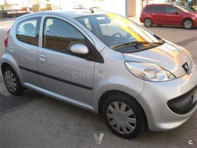usado Peugeot 107 1.0i 2tronic Urban 5p. -07
