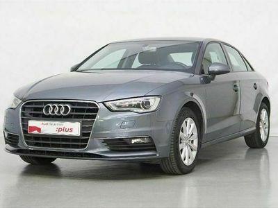 usado Audi A3 Sedan Attraction 1.6 TDI CD 81 kW (110 CV)