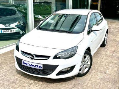 usado Opel Astra 1.6cdti Excellence 110 110 cv en Valencia