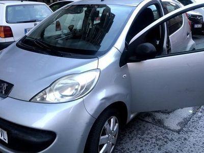 usado Peugeot 107 1.0i Basic