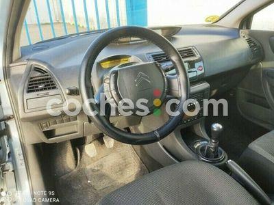 usado Citroën C4 Coupé 1.6hdi Vtr Plus 110 110 cv en Sevilla
