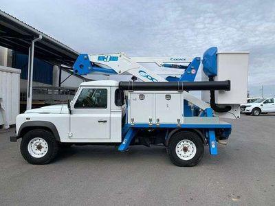 usado Land Rover Defender 90 Sw E 122 cv en Cordoba