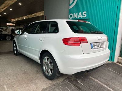usado Audi A3 Sportback 1.6TDI Attraction