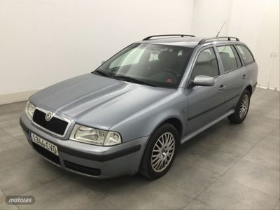 usado Skoda Octavia 1.9 TDi Collection Combi 110CV